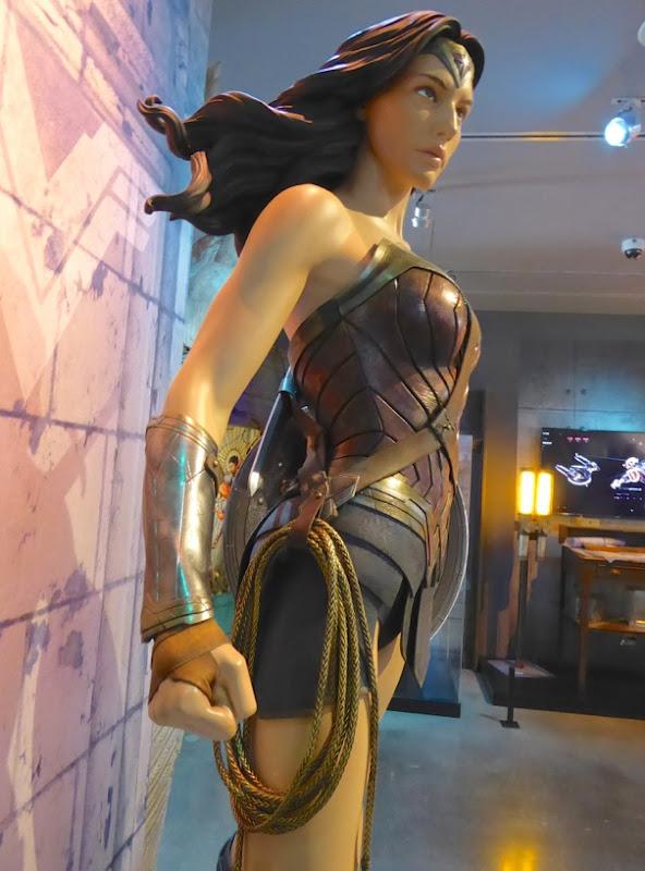 Hollywood Movie Costumes And Props Gal Gadots Wonder -8557