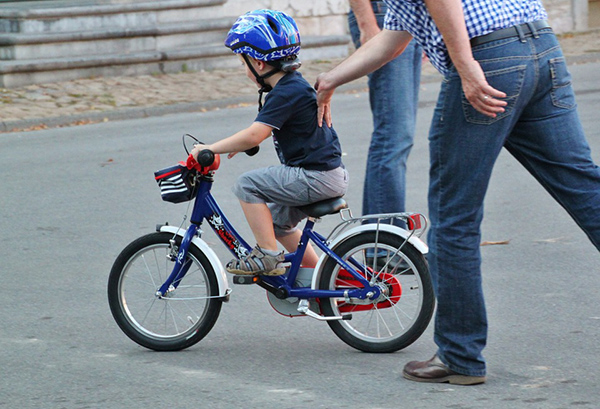 Teach Your Kid to Ride a Bike Without Training Wheels