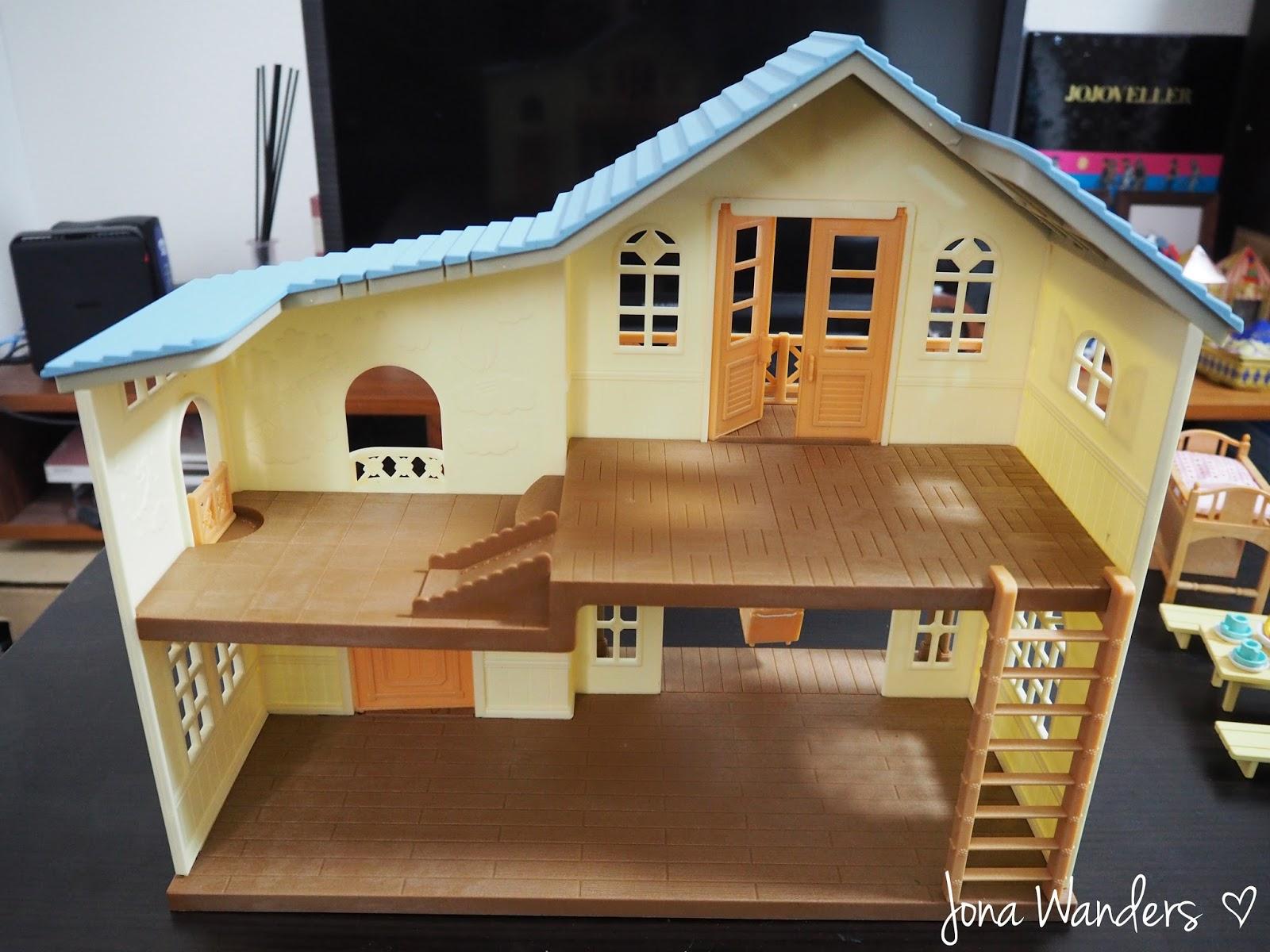Jona Wanders: Sylvanian Families House on Breeze Hill ...