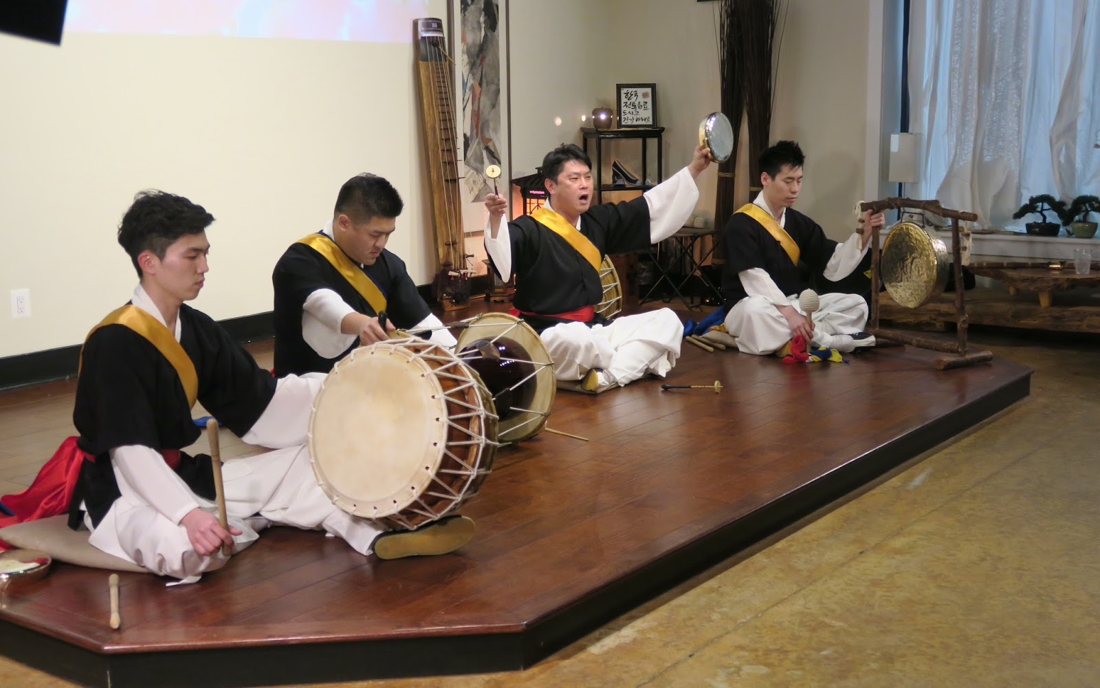 the Annandale Blog: Concert at Annandale teahouse features Korean traditional music