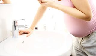 5 Cara Mengatasi Mual saat Hamil