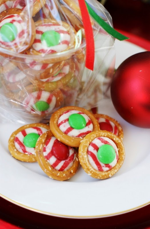Easy Pretzel Kiss Candies with Hershey's Candy Cane Kisses