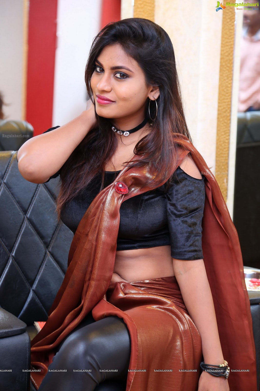 Priyanka Augustin Saree Navel