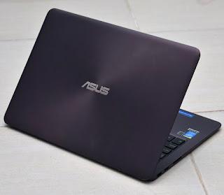 Jual Asus Zenbook UX305 Ultrabook bekas