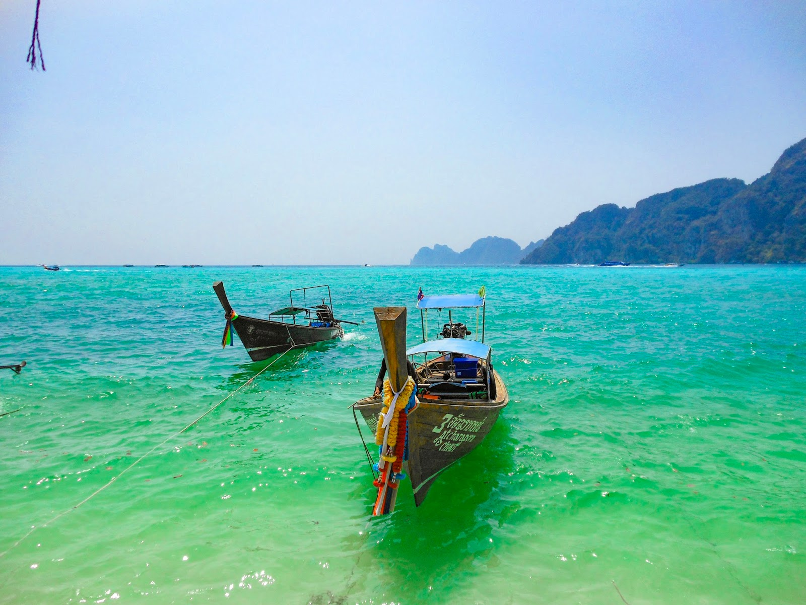 wooden boats in phi phi island