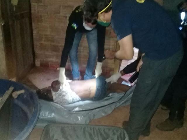 Mulher é encontrada morta estrangulada dentro de mala