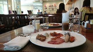Viet Kitchen at Renaissance Riverside Hotel Saigon