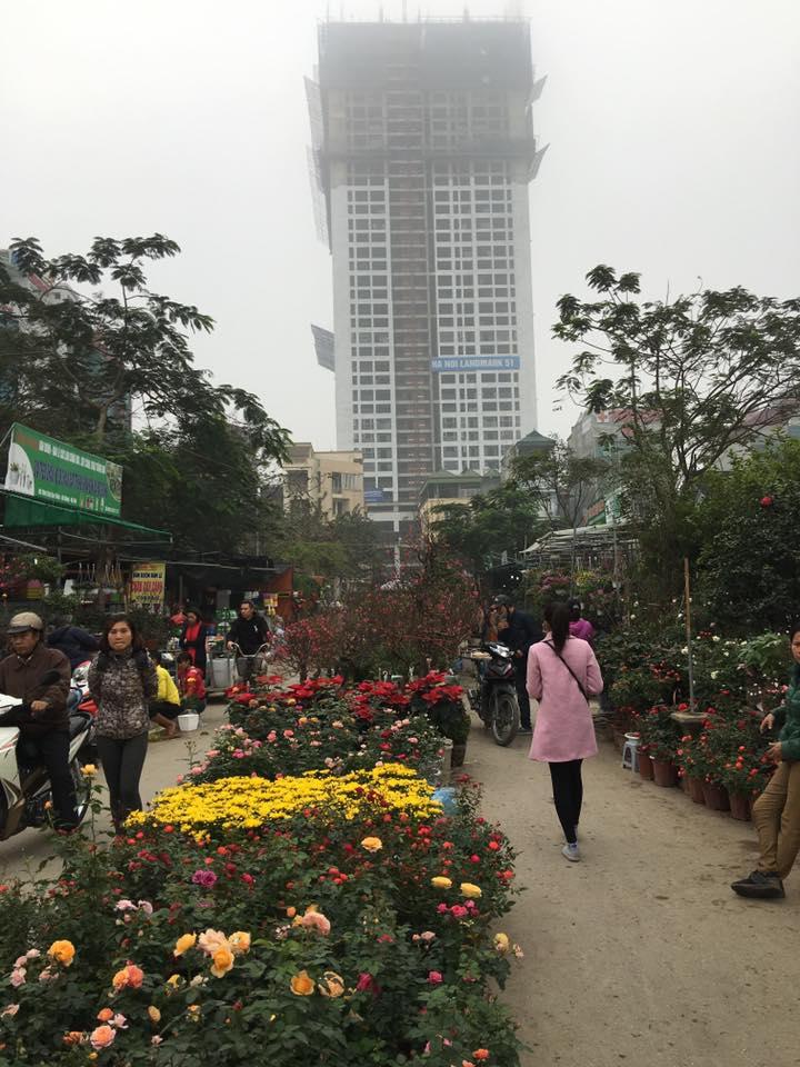 Góc view nhìn từ đường Vạn phúc nhìn vào Hanoi Landmark 51