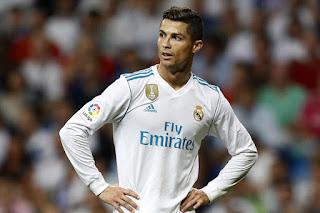 Ronaldo wants to leave Madrid - Castles