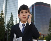 Jenjang usia yang relatif terbilang muda untuk membangun bisnis bukanlah halangan untuk me √ 4 Manfaat Membangun Bisnis Di Usia Muda