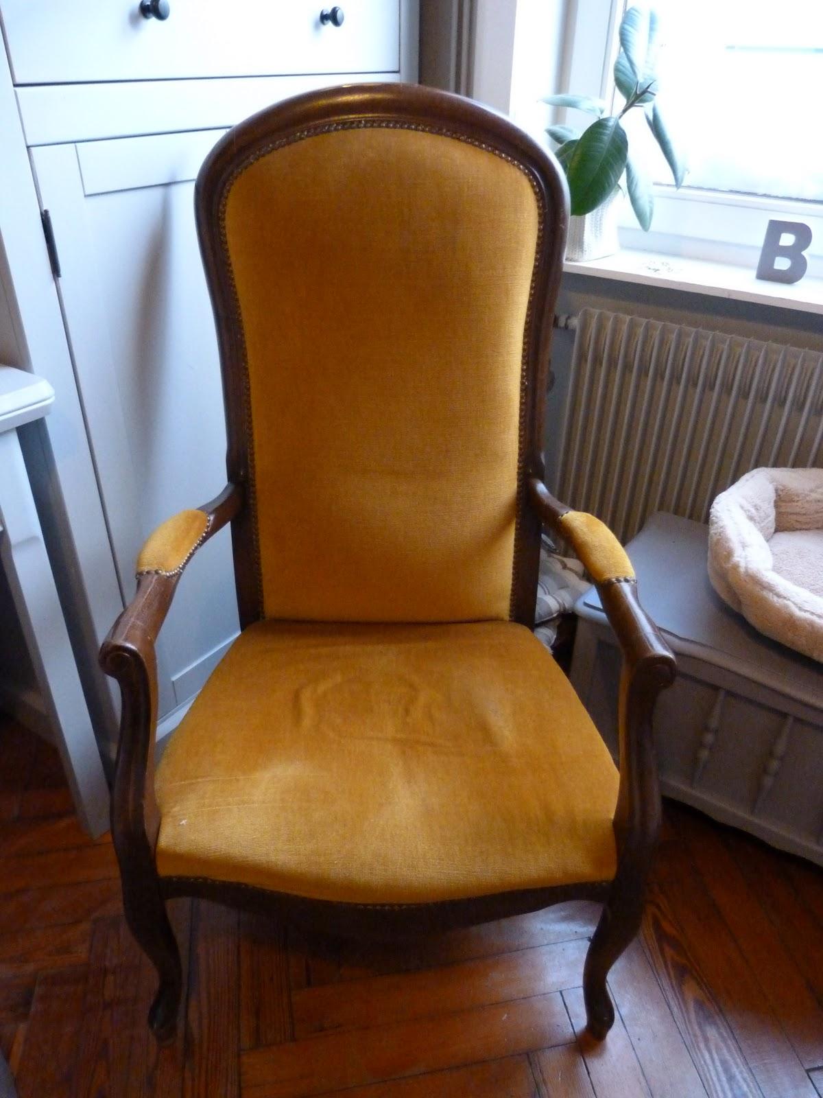 l 39 atelier de la petite souris mon fauteuil voltaire. Black Bedroom Furniture Sets. Home Design Ideas