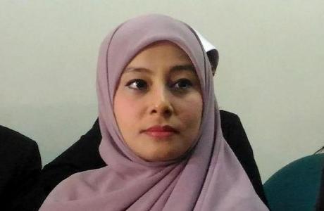 Putri Aisyah Kecewa, Ustad Al Habsyi Mangkir Sidang Lagi