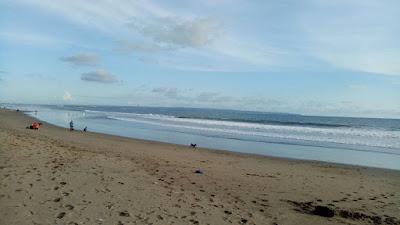 Destinasi wisata keluarga seru di Bali, Pantai Batu Belig