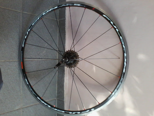 Triathlon and Cycling in Greece: Fulcrum Racing 5  Road Bike Wheels (2014): TWO broken spokes within 8 months of purchase.
