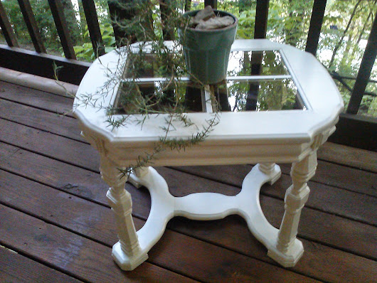 DIY Ugly Table Painted White Thrifty Style