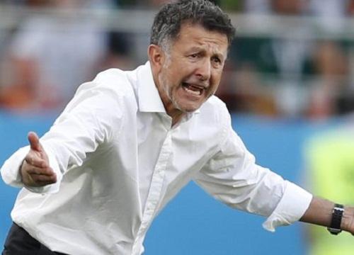 Thua trận, HLV Mexico tố trọng tài thiên vị Brazil