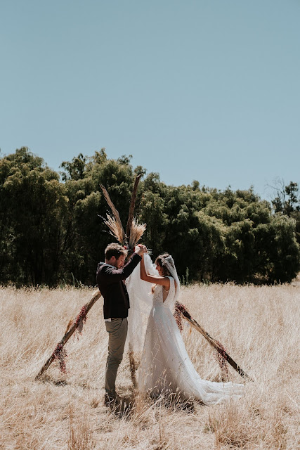 MILA AND JESSE MARGARET RIVER WEDDINGS DIY IDEAS