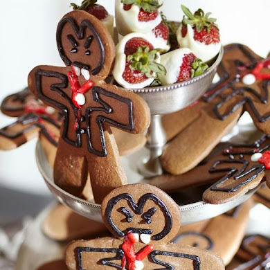 Gingerbread Halloween Vampire Cookies Recipe