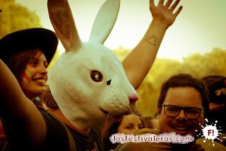 Uno de los alicientes del festival es el concurso de disfraces cuyo resultado se revela en la mañana del último día.