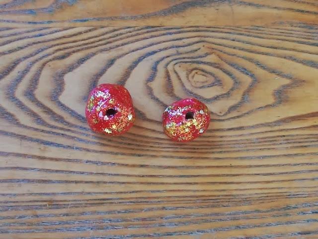 Make Montessori Christmas Clay Beads {Confessions of a Montessori Mom blog}