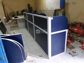 Straight Cubicle Workstation - Meja Sekat Kantor Lurus