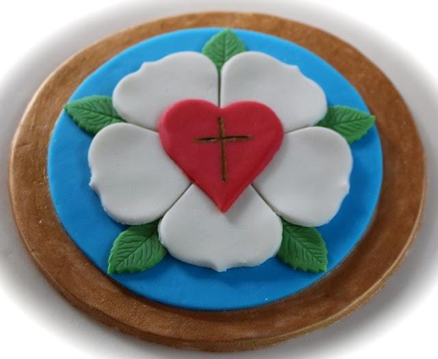 Tortenaufleger mit Luther Rose für Sophies Konfirmationstorte