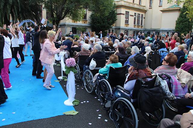 Celebración en la residencia de la Fundación Miranda