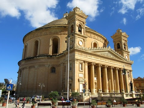 Mosta Dome & Golden Bay