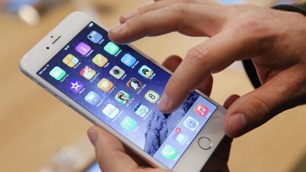 Tren Penggunaan Smartphone Untuk Bergaya