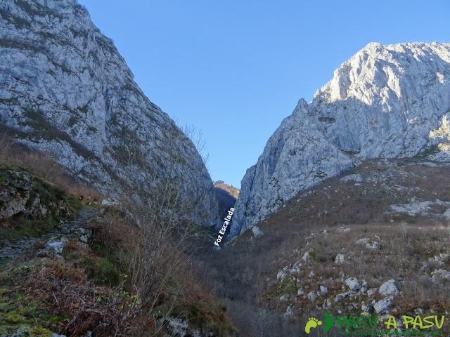 Vista de la Foz de la Escalada desde Taranes