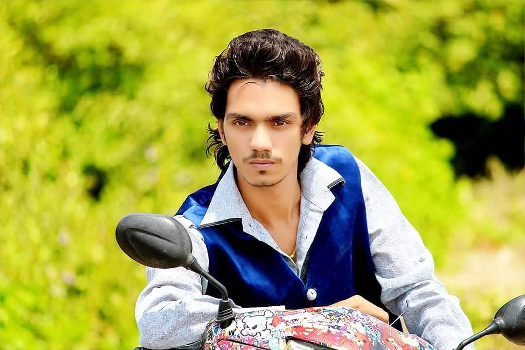 Gopal Pathak Pose And Modeling Photo