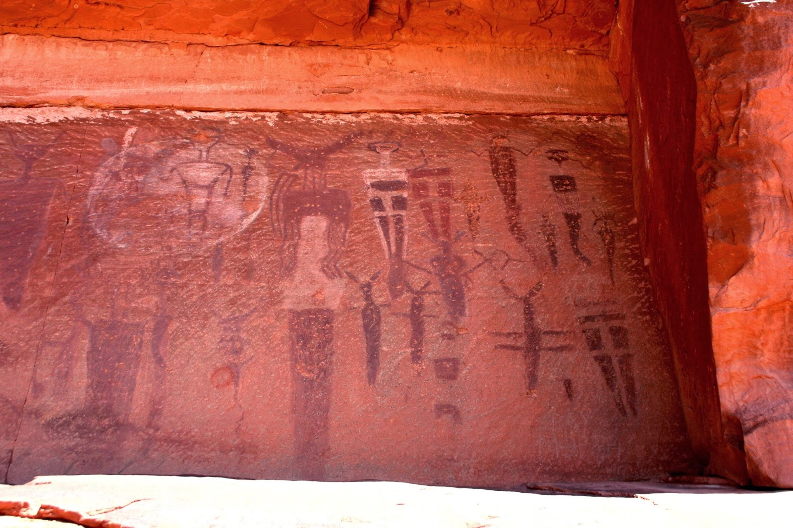 Utah Pictographs Petroglyphs And Rock Art April 2014