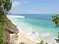 Daya Tarik Objek Wisata Pantai Balangan Bali yang Menawan