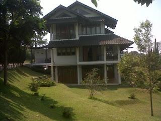 Villa Amanda Villa Istana Bunga 4 Kamar