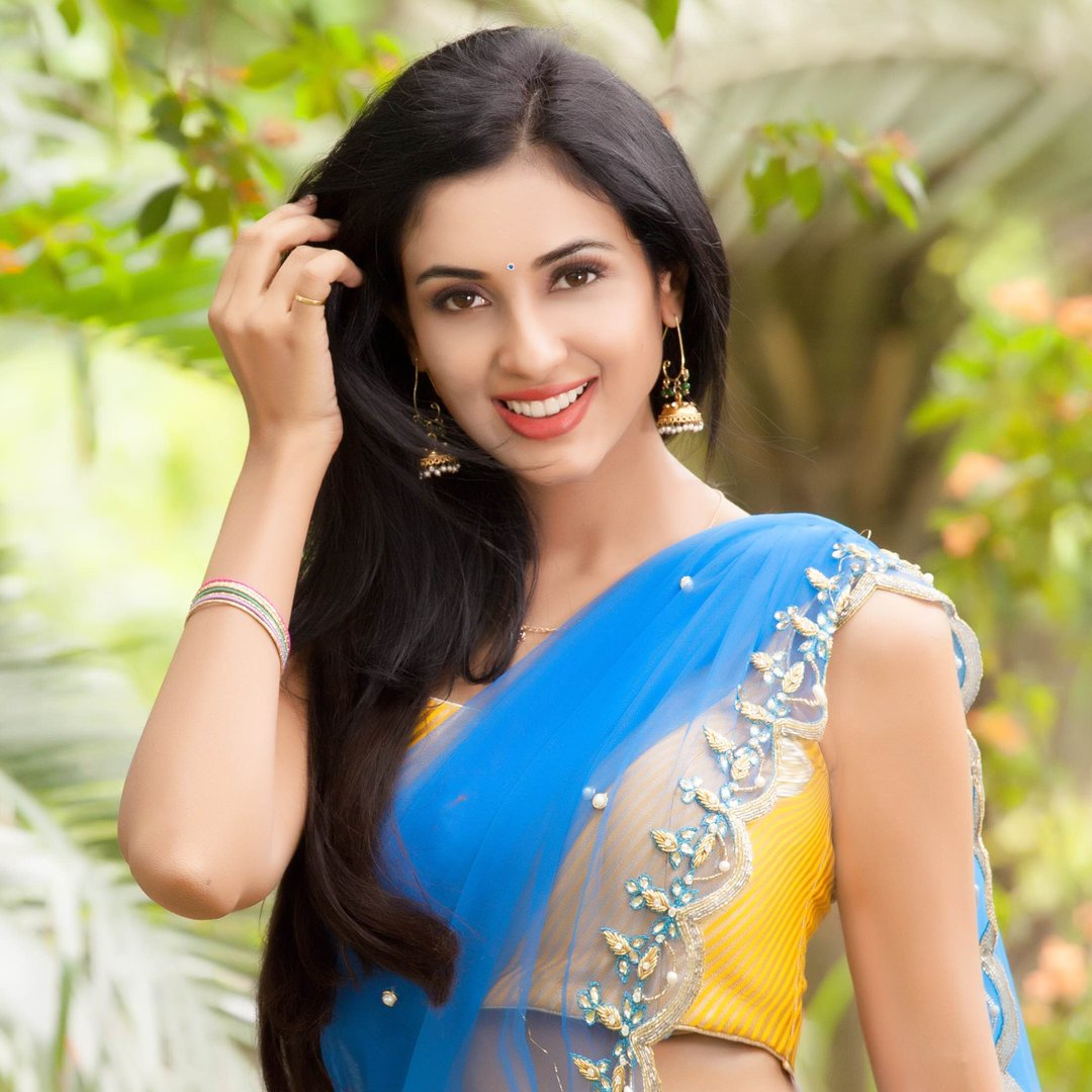 priyashri new glam pics-HQ-Photo-6