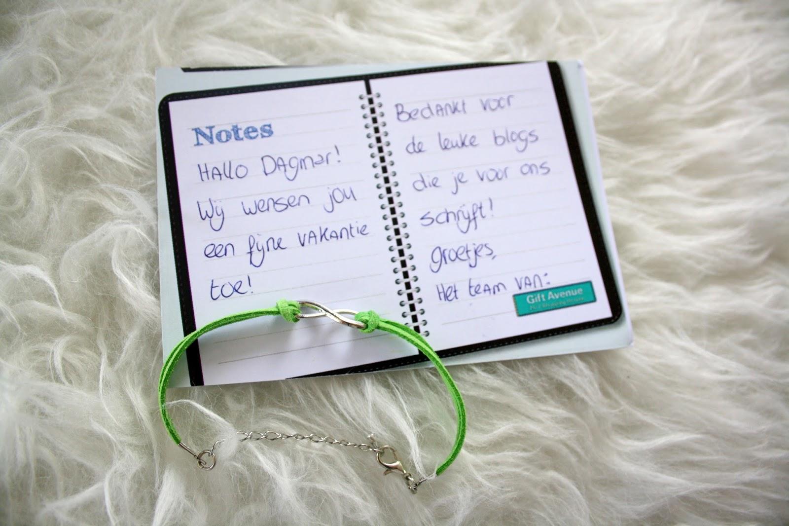 Uitzonderlijk By Dagmar Valerie - Cadeautje: infinity armband - By Dagmar Valerie OT23