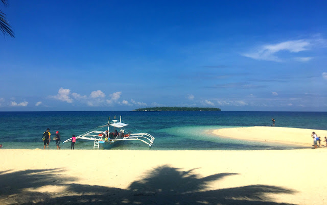 How to go to Cuatro Islas Leyte from Cebu. This is Digyo Island, the most beautiful island among Cuatro Islas in Leyte