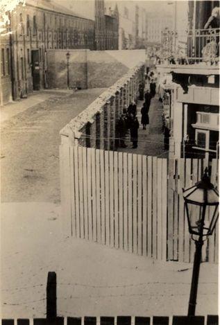 19 November 1939 worldwartwo.filminspector.com Warsaw Ghetto fencing