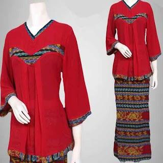 model baju kurung kombinasi batik dan polos