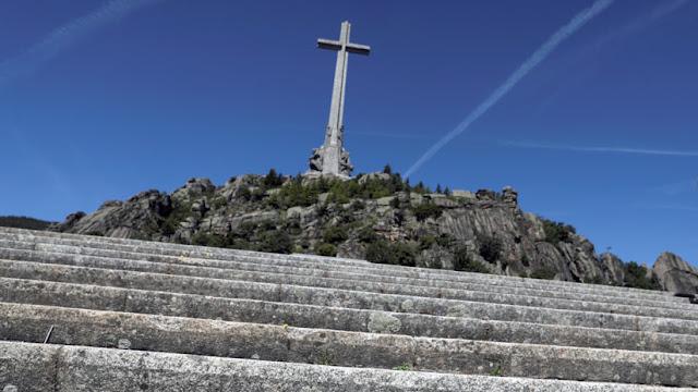 """La familia Franco dice que llegará hasta """"el último extremo"""" para defender los restos del dictador"""