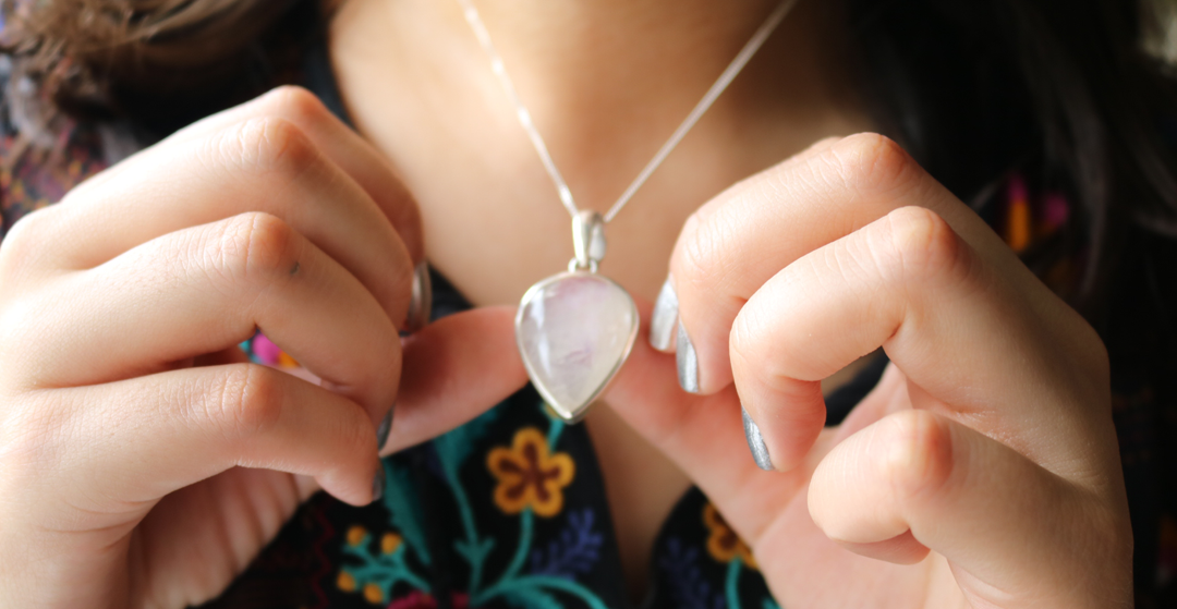 Moonstone Magic Jewellery - Dropping Wisdom Pendant review