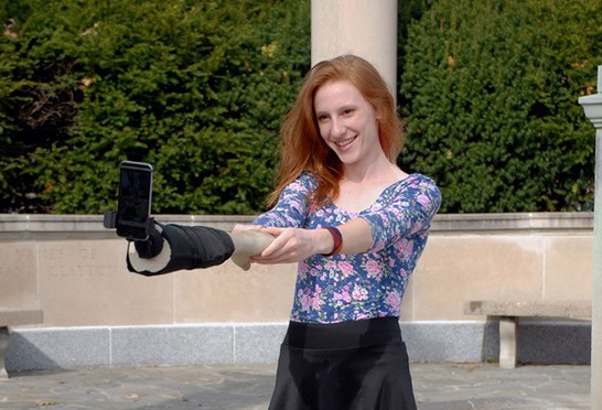Jangan Mudah Tertipu Dengan Selfie 'Bahagia' yang Anda Lihat