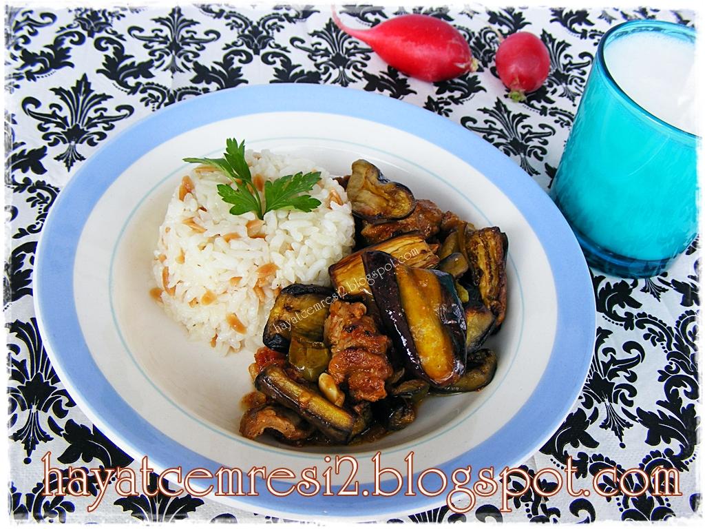 Tencerede Patlıcan Musakka Tarifi Videosu