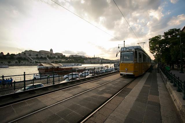 Tram lungo il Danubio-Budapest