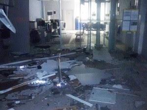 Criminosos explodem caixa de banco em Carnaúba dos Dantas, RN