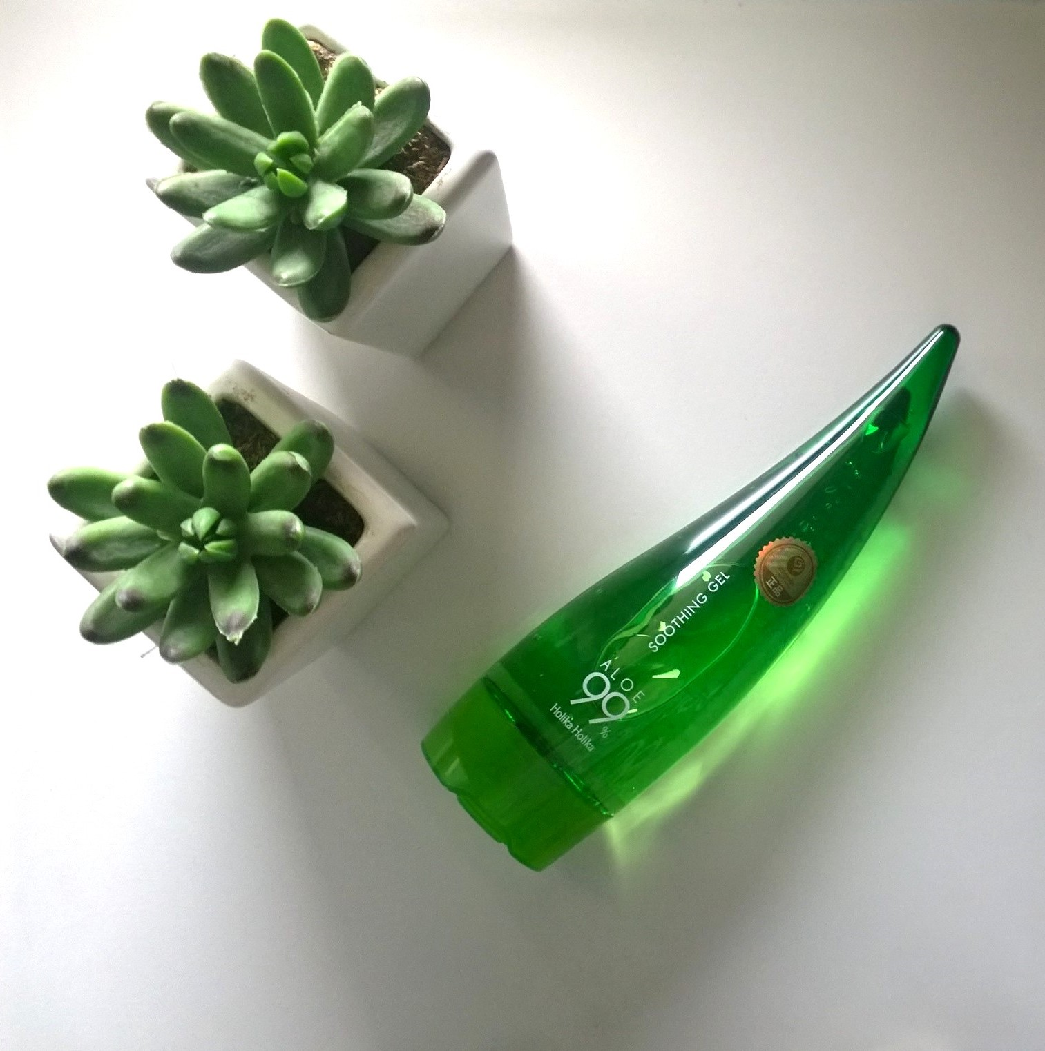 Holika Holika: Aloe 99% Soothing Gel
