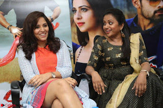 Actress Suma in Black Salwar Suit and Anusuya in orange Dress at winner movie press meet part 2 February 2017 (64).JPG
