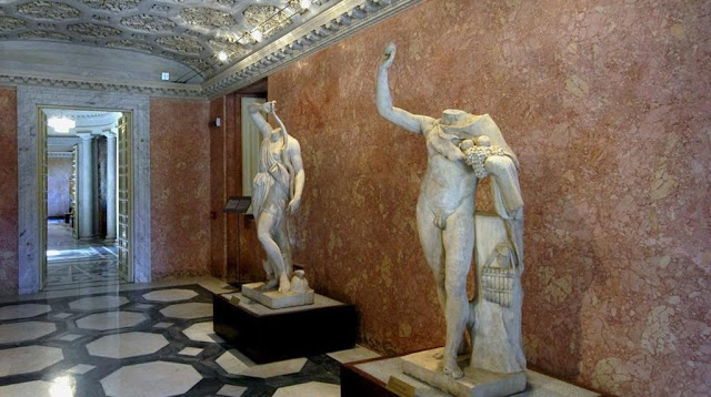 Italian Aristocratic family at war for world's largest private collection of marble statues
