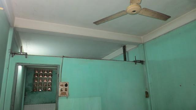 nhà chung cư củ Lạc Long Quân Q11 trước khi sửa