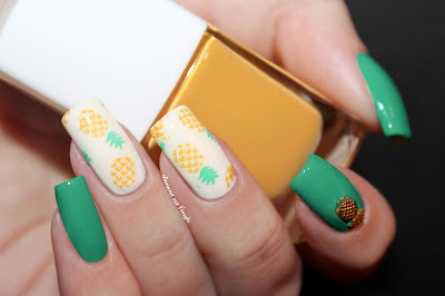 Pineapple Summer Nail Art